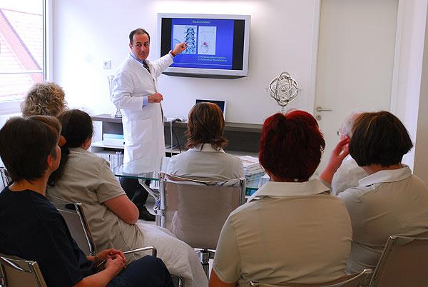 Die Praxis Modern Hell Patientenfreundlich Dr
